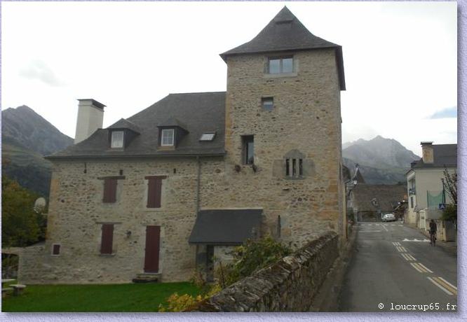 Maisons Anciennes Du   Valles Des Gaves